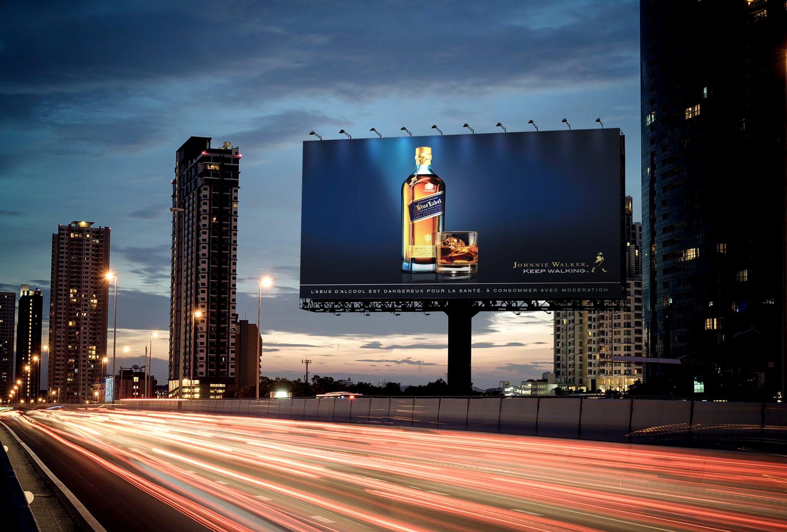 Johnnie-Walker-Publicite-Alcool-Whisky-Panneau